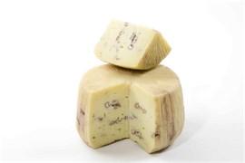 Сыр домашний с орехами